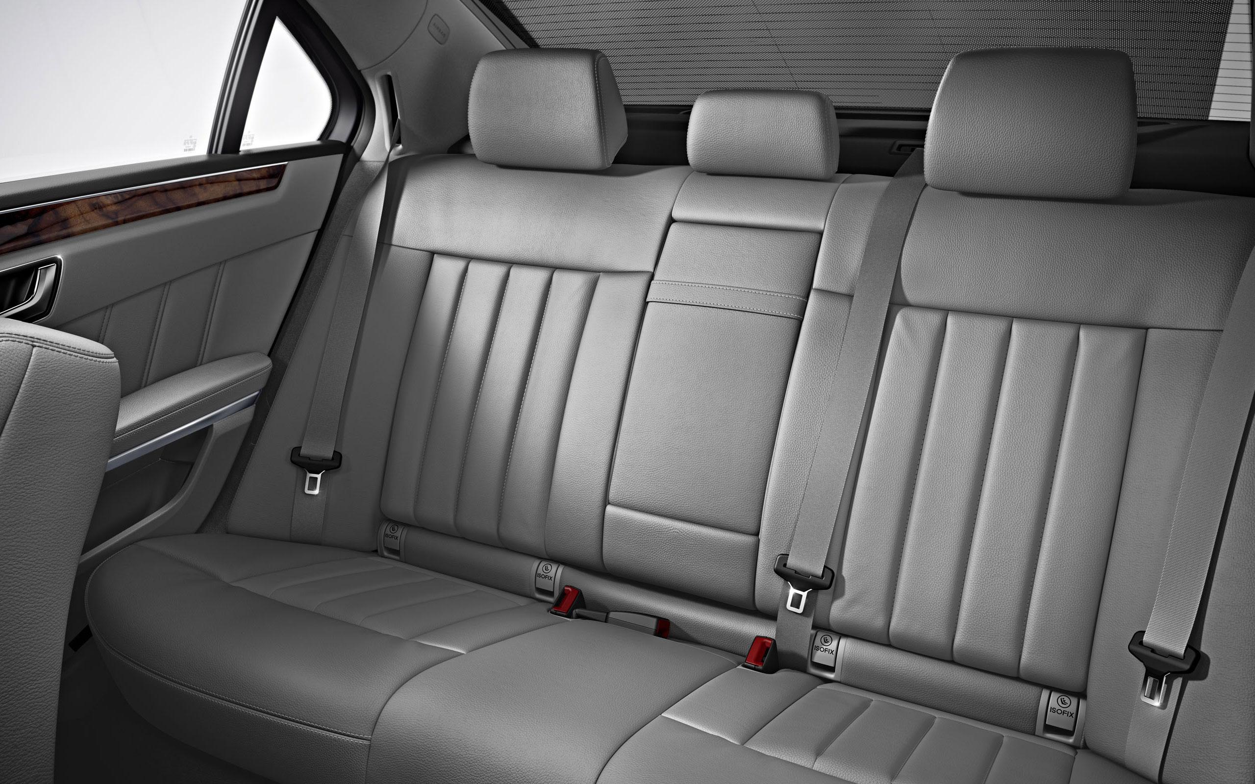 Mercedes Benz E400 Hybrid Sedan 15