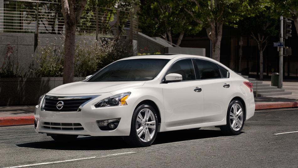 2014 Nissan Altima Sedan Review