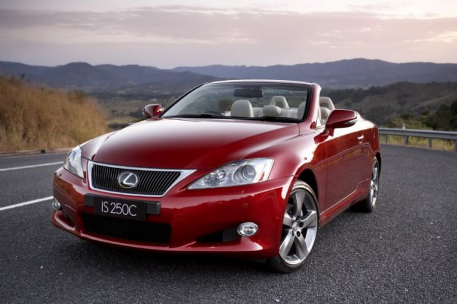 2014 Lexus IS C Delivers World's Best Coupe and Convertible experience