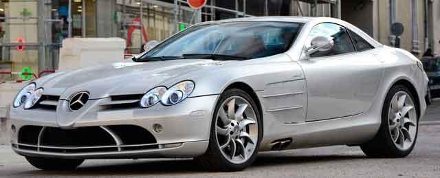 Mercedes-Benz_SLR_McLaren_(
