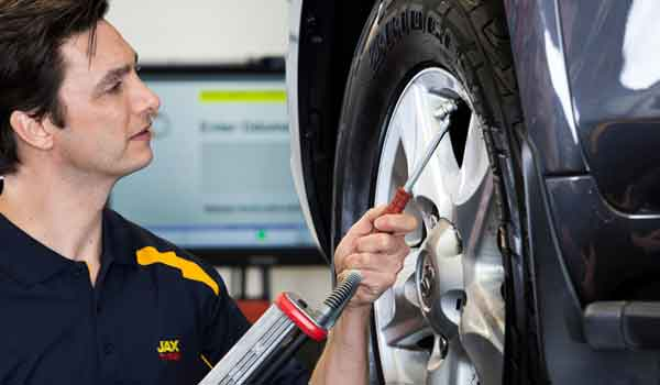 Should You Fill Your Tires with Inert Gas?