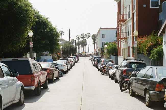 cars-vehicles-street-parkin