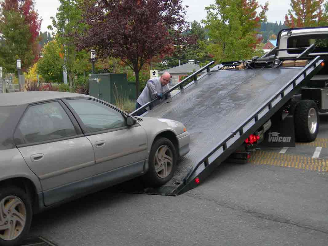 How-to-Tow-Your-Car-Without-Destroying-It-2