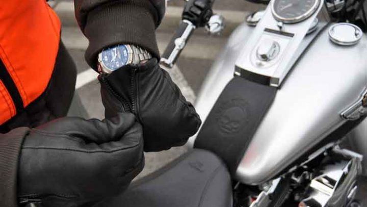 Top Reasons Why You Should Wear Gloves When Riding