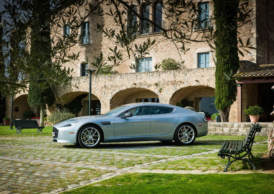 2014 Aston Martin Rapide S – Review