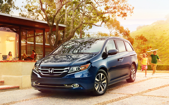 7 Best Minivans of 2013 According to Experts