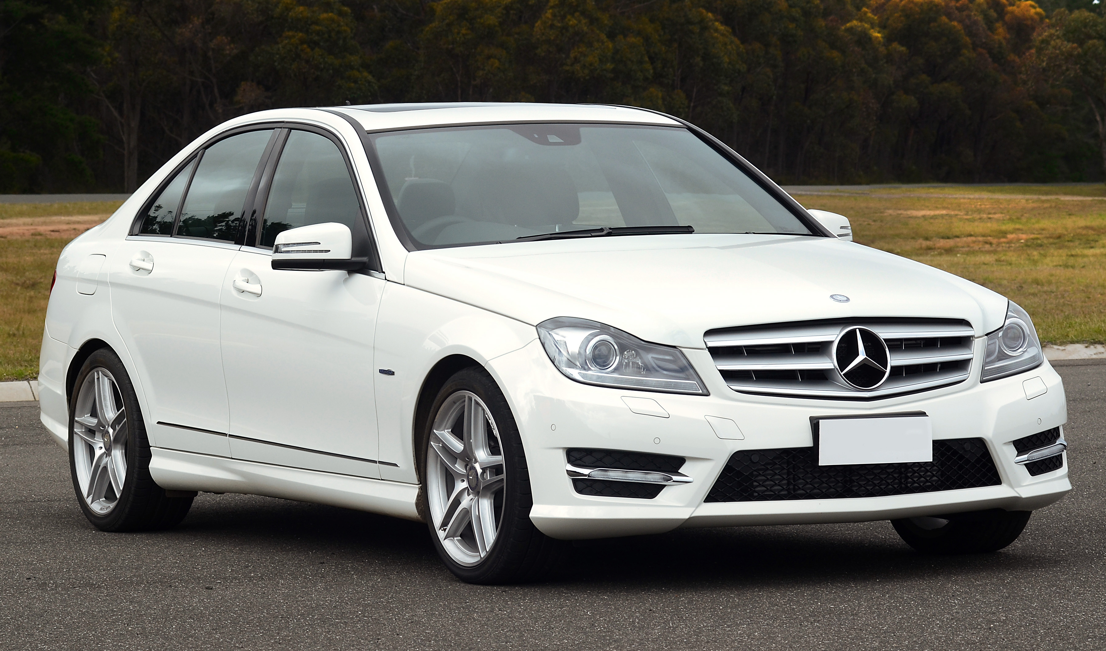 4 Reasons to Buy a Majestic Mercedes