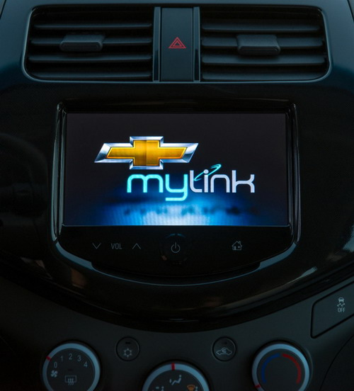 Getting to Know Chevy's MyLink Technology