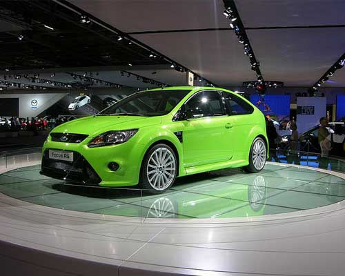 Ford Brings the Focus RS Home