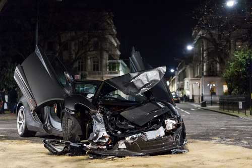 McLaren 650S Spider Collides with a Saab in London