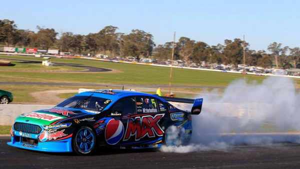 The V8 Supercars Commission Decides Dunlop Soft Tires to be Used for The Darwin Racing Event