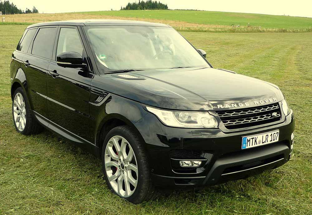 The Range Rover Sport: 7 Reasons To Go And Buy This SUV Today!