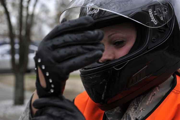 Gloves are voguish